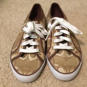 NEVER WORN Tan Coach Tennis Shoes Sneakers 7